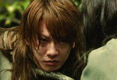 Takeru Satoh - the perfect - The Legend Ends Rurouni Kenshin Live Action Film. Rurouni Kenshin, Anime Couples Manga, Cute Anime Couples, Anime Girls, Saitama, Live Action Movie, Action Movies, Cowboy Bebop Anime, X Movies