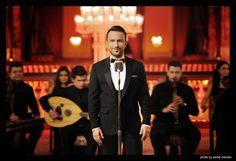 Megastar Tarkan Filli Boya Reklamında   Weekly http://weekly.com.tr/megastar-tarkan-filli-boya-reklaminda/