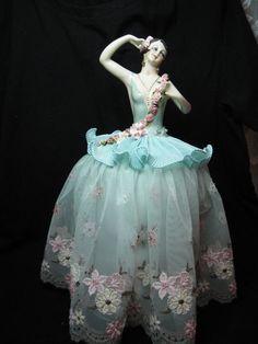 Une poupée de pelote de moitié poupée porcelaine nouvelle, très Large en soie Aqua par Kay Brooke