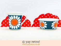 60: Figgjo Flint Daisy Jug & Sugar Bowl (£50.00)