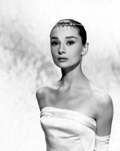 La Feem: Audrey Hepburn~Icon