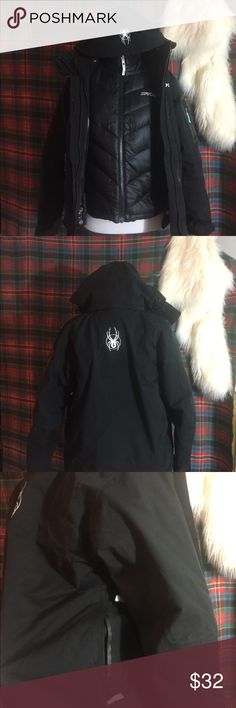 Spyder 3 in 1 Jacket Lovingly worn. The warmest jacket I have ever owned. Down Lining Zips in making it harder for a draft to get in. Thank you for your interest! 🚫 No Trades 🚫 No Low Ballers 🚫 No Spamming 🚫 No Holds ✅ Offers considered through offer button only 🔵 Mannequin is of standard size small measurements. I do not provide specific item measurements beyond that because I just don't have time! 🙈 Thank you! Spyder Jackets & Coats