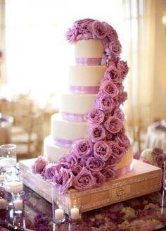Stunning Lavender Fresh-Flower Wedding Cake