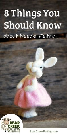 needle felting tips - 8 things you should know about needle felting. Needle felting is an amazing activity fit for people from all walks of life, and its clear to see why. Theres nothing quite like sitting down for a relaxing afternoon of crafting. Needle Felting Kits, Needle Felting Tutorials, Needle Felted Animals, Wet Felting, Felt Animals, Beginner Felting, Christmas Needle Felting, Felt Bunny, Felt Mouse