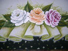 Pintura em tecido Lace Painting, Diy And Crafts, Barbie, Vintage, Bath Towels & Washcloths, Bathroom Mat, Weaving Kids, Paintings Of Flowers, Towels