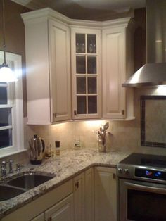 My Kitchen Designs traditional kitchens like the under cabinet lighting.