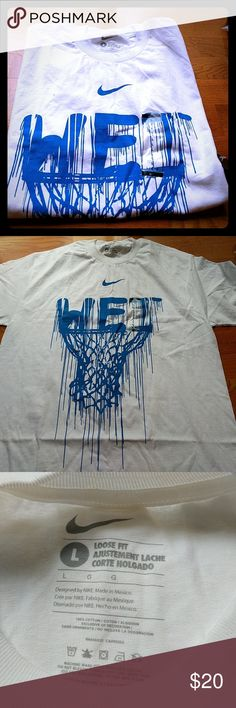 Nike T-shirt New with tags Wet logo Nike T-shirt Nike Shirts Tees - Short Sleeve