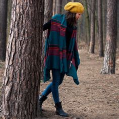 Price Classic cap with no pompom made of pleasant material. It´s very soft and warm. Polo Winter Hats, Caps For Women, Plaid Scarf, Fashion Accessories, Orange, Elegant, Stylish, Classic, Women's Hats