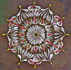 Flower mandala by artist Kathy Klein. Flower Circle, Flower Petals, Flower Art, Mandala Art, Mandala Drawing, Land Art, Art Floral, Peruvian Lilies, Arts And Crafts