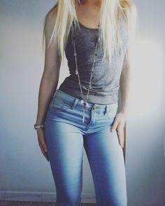 Top: H&M linea basic- Jeans: Alcott