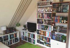 #bookstagram #ikea #billy #bookstagramfeature #books #booknerd #bookporn #bookseries #booksarelife #funkopop #funko #bookshelf #bookshelves #bücherregal #Shelfie #bücher #lesen #buch #booknerdigans 🌼🍀🌹 }