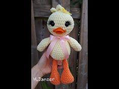 Crochet Amigurumi Duck – Free and Simple App – Small Balcony Ideas - Stofftiere Crochet Wool, Crochet Stars, Crochet Gifts, Free Crochet, Knitting Websites, Knitting Blogs, Free Knitting, Cat Amigurumi, Crochet Amigurumi
