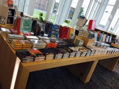Visual merchandising: applying bookstore insights to public library collections