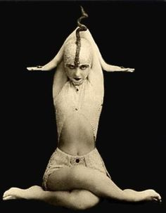 Circus cabinet card.....just looks weird