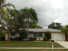 http://www.propertypanorama.com/instaview-elite/mfr/A4160801  Located in the desirable Gulf Gate Community. Short walk to restaurants, shopping or bike to Siesta Key Beach. Screened lanai looking out over the back yard with good privacy and room to add a pool. Spacious open floor plan with tile floors in the main living areas and carpet in the bedrooms. Roomy kitchen with newer updated appliances and bar looking out into the family room. Home also has a dining and living room combination…