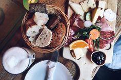nices Frühstück & Junip  #goodtimes #hamburg #borkeberlin