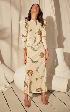 Get inspired and discover Johanna Ortiz trunkshow! Shop the latest Johanna Ortiz collection at Moda Operandi. Floral Dress Outfits, Yellow Floral Dress, Yellow Dress Casual, Cute Floral Dresses, Floral Chiffon Dress, Casual Summer Dresses, Modest Dresses, Work Dresses, Midi Dresses