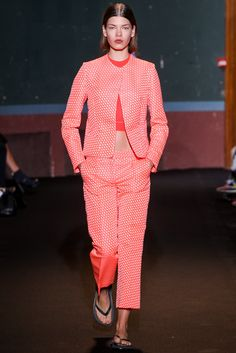 http://www.vogue.com/fashion-shows/spring-2014-ready-to-wear/ter-et-bantine/slideshow/collection