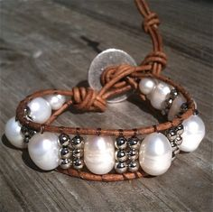 leather bracelet large pearls silver beads. love this