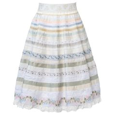 Buy now the new Lena Hoschek Tradition collection at the online shop! Ribbon Skirts, Models, Rock, Piece Of Clothing, Traditional Outfits, Pretty, Cotton, Clothes, Shopping