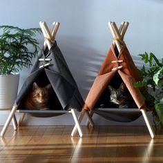 cat room ideas The Tinker Adventure Tent - a cat hammock, cat tent, cat bed all in one clean design. Cat Tent, Diy Cat Hammock, Hammock Tent, Hanging Hammock, Diy Hanging, Adventure Cat, Cat Room, Pet Furniture, Furniture Design