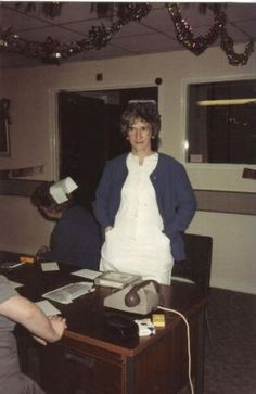 a staff nurse back in the good old days - note the cigarettes and ashtray at the nurse's station! Funny Nurse Quotes, Nurse Humor, Nursing Memes, Funny Nursing, Nursing Quotes, Radiology Humor, Nurses Station, Nursing Profession, Happy Nurses Week