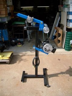 Belt Grinder by Rob G -- Homemade belt grinder mounted on a portable vertical stand. http://www.homemadetools.net/homemade-belt-grinder-13