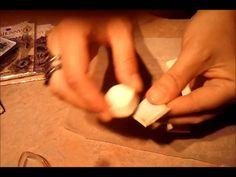 Tutorial: Making Tile Embellishments. Arcilla polimérica y sellos, pegatinas o papel de scrap.