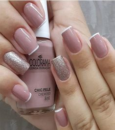 56 Glitter Gel Nail Designs For Short Nails For Spring 2019 Elegant Nails, Classy Nails, Stylish Nails, Trendy Nails, Cute Nails, Glitter Gel Nails, Nail Manicure, Pink Nails, Nail Polish