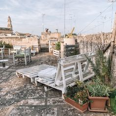 Puglia - The Travel Guide — Lilaproject Big Pizza, Food Spot, Public Transport, The Locals, Tuscany, Sun Lounger, Travel Guide, Italy, Patio