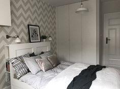 Metamorfoza mieszkania 47 m2 - Bamberski Dwór - Średnia sypialnia małżeńska, styl nowoczesny - zdjęcie od Architektownia