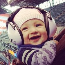 How to protect the child's ear by using baby ear defenders so you won't risk your baby to have a hearing damage.