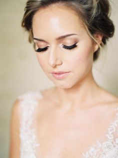 Take a look at the best soft wedding makeup in the photos below and get ideas for your wedding! Witney Carson Wedding Makeup Image source Naturally Beautiful Image source natural wedding makeup & soft updo ~ we… Continue Reading → Romantic Wedding Makeup, Wedding Makeup Tips, Natural Wedding Makeup, Bridal Hair And Makeup, Wedding Hair And Makeup, Natural Makeup, Hair Makeup, Eye Makeup, Romantic Updo