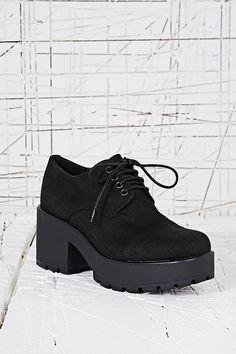 Vagabond Dioon Textile Lace-Up Shoes in Black
