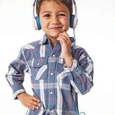 Βρες από 14,90€ τα παιδικά headphones της iFrogz, με μαλακή επένδυση, χαριτωμένους ήρωες και μέγιστη ένταση 85dB για προστασία της ακοής των παιδιών! Rain Jacket, Windbreaker, Kids, Jackets, Fashion, Rain Gear, Children, Down Jackets, Fashion Styles