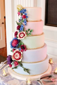 Wedding Cakes from Amy Beck Cake Design - MODwedding