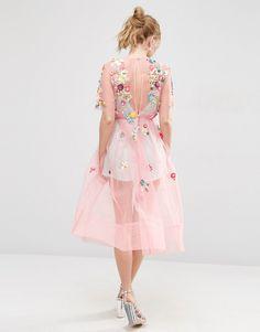 Imagen 2 de Vestido a media pierna con adornos y flores 3D de ASOS SALON