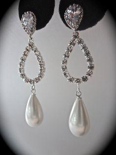 Bridal jewelry  Pearl earrings  white pearl by QueenMeJewelryLLC, $59.99