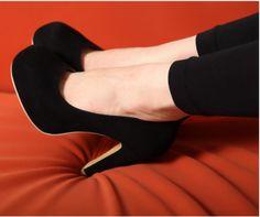 belos sapatos scarpin salto grosso