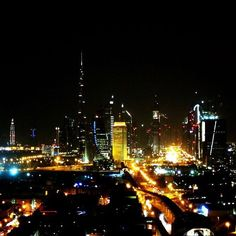 I'm a sucker for a pretty skyline! Dubai at night  #skylines #dubai #cityscapes by sarahland.xo