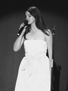 Lana Del Rey Ultraviolence, Lindsey Way, Elizabeth Woolridge Grant, Mother Dearest, Red High Tops, Elizabeth Grant, Lana Del Ray, Old Hollywood Glam, Queen Mother