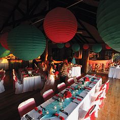 Turquoise and coral  http://paradisobeachweddings.com