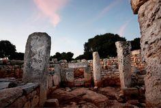 ruínas pré históricas de até 2000a.C. na ilha de Menorca.