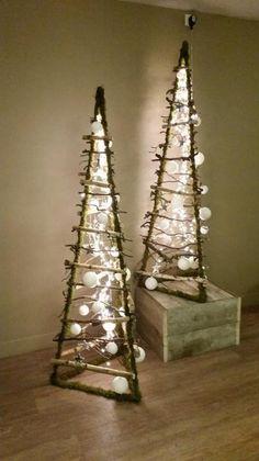 Bekijk de foto van decoratietakken-nl met als titel 3D kerstboom verkrijgbaar op webshop Decoratietakken  en andere inspirerende plaatjes op Welke.nl.