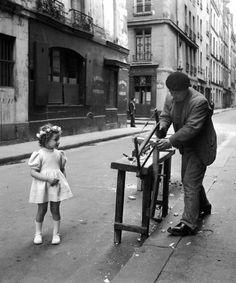 Atelier Robert Doisneau | Galeries virtuelles des photographies de Doisneau - Artisans