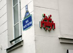 STREET ART UTOPIA » We declare the world as our canvasspace_invader_street_art_20 » STREET ART UTOPIA