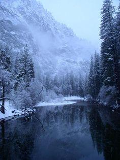 Montagne - neige - rivière