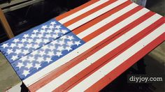 OK, I have been looking for this tutorial for over a year! Finally, I found an awesome step by step tutorial for an American Flag pallet sign. Having seen them at craft fairs, but unwilling to pay the high price for one, I waited. Boy, am I glad I did. Turns out, this is not nearly as complicated as