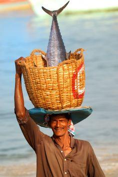 Fisherman, Kerala, India ♡ ❊ ** Have a Nice Day! ** ❊ ✿⊱╮❤✿❤ ♫ ♥ ღ☮k☮ღ ❤ ~☀ღ‿ ❀♥ ~ Sun03rd May 2015 ~ ❤♡༻