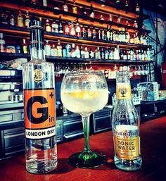 Die coolsten Gin Bars in Wien - Gin Bar, Gin Lovers, Gin And Tonic, Vienna, Vodka Bottle, Drinks, Instagram, Drinking, Beverages